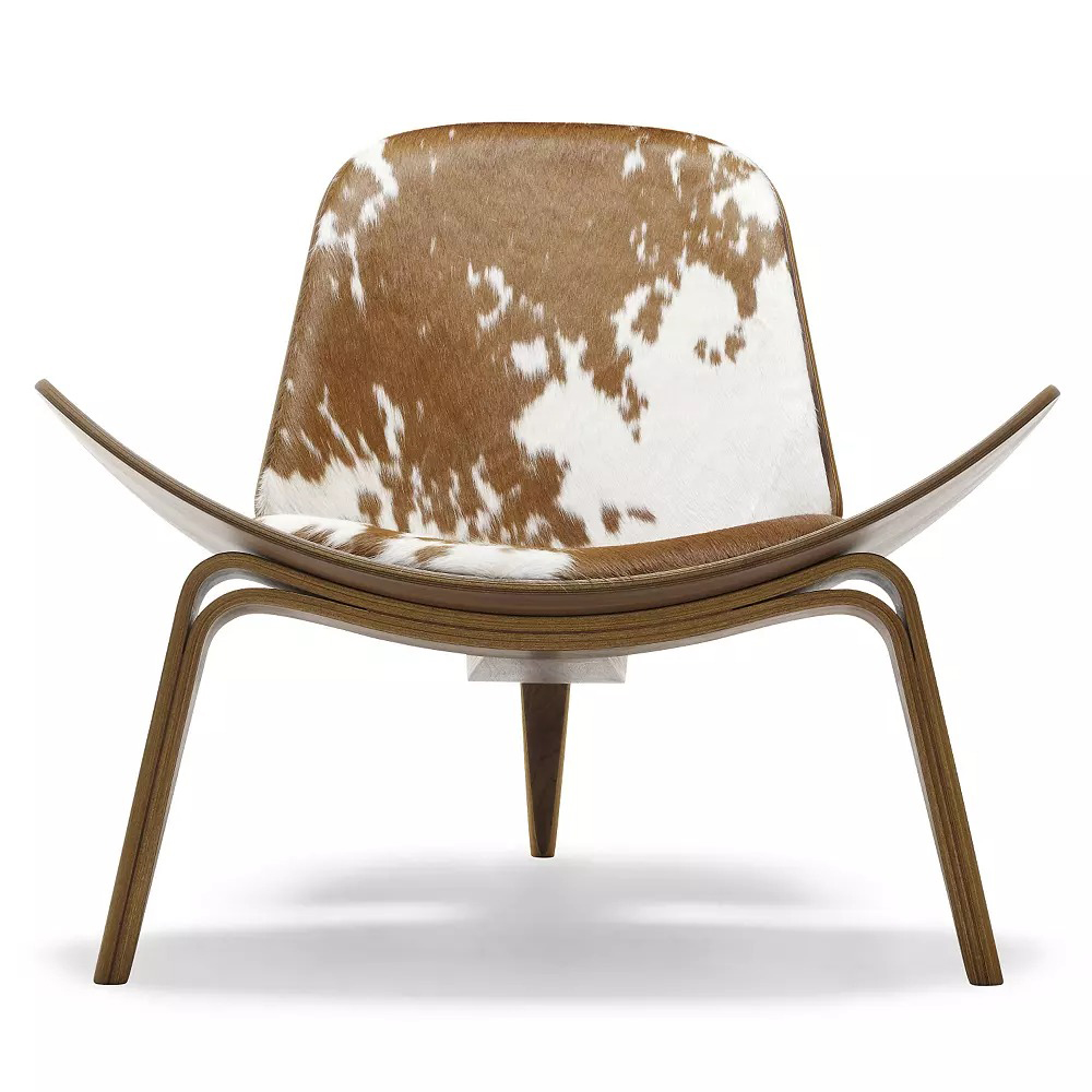 CH07 Lounge Chair by Carl Hansen.